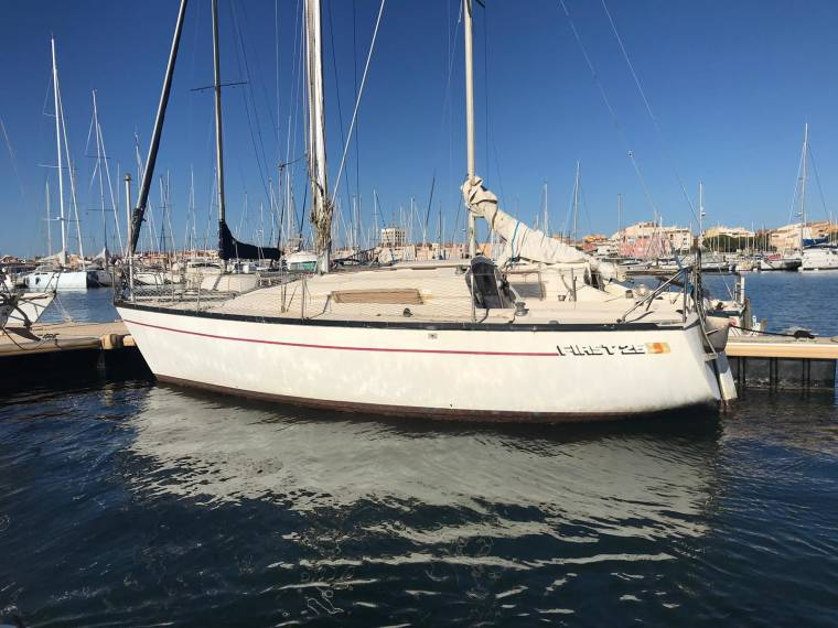 beneteau first 31.7 review