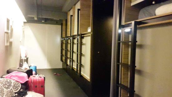 capsule pod boutique hostel review