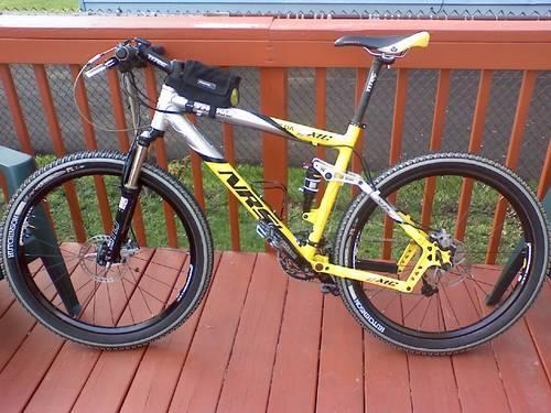giant boulder 1 2011 review