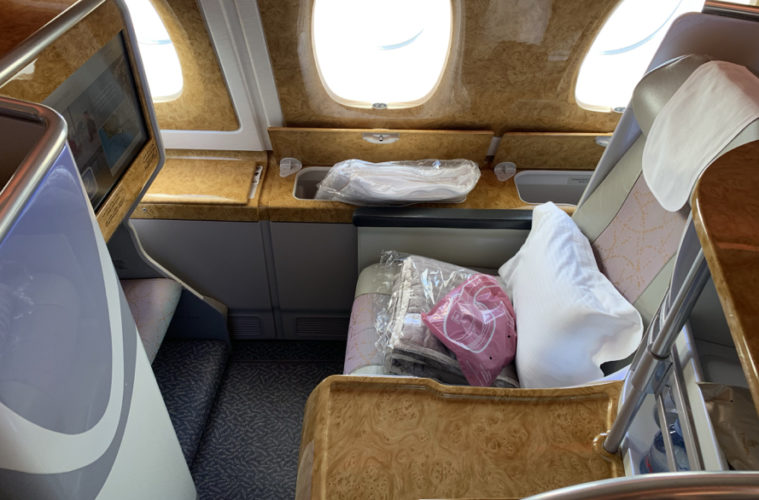 emirates sydney to dubai business class review