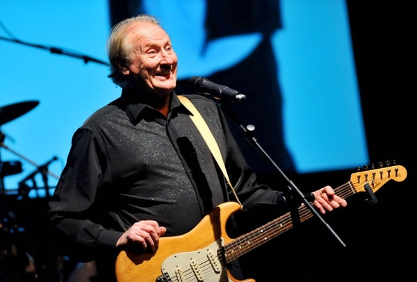 jasper carrott stand up and rock review